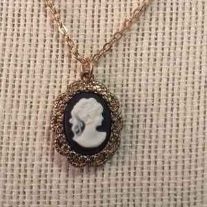 Cameo pendant necklace from Modcloth!
